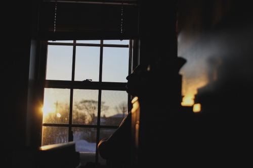 Writing prompt #1: To the Window